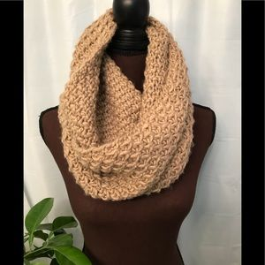 Old navy knit infinity scarf